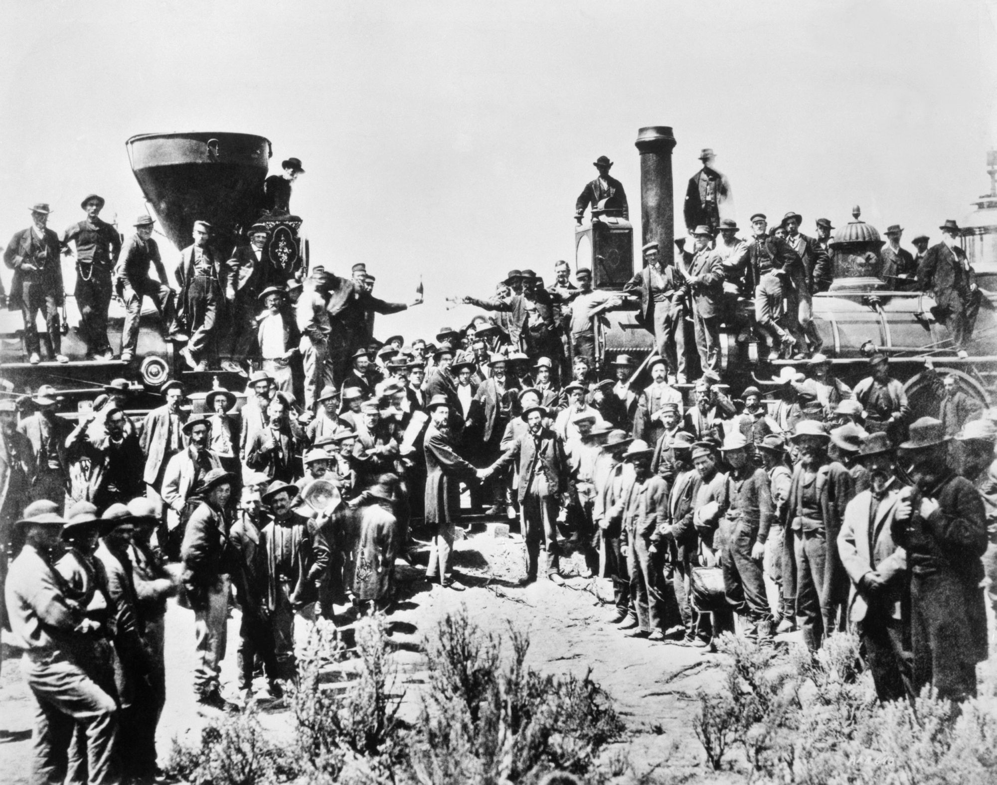 the first transcontinental railroad The first transcontinental railroad, approved by congress in the midst of war, helped connect the country in ways never before possible americans could travel from coast to coast with speed, changing how americans lived, traded, and communicated while disrupting ways of life practiced for centuries by native american.