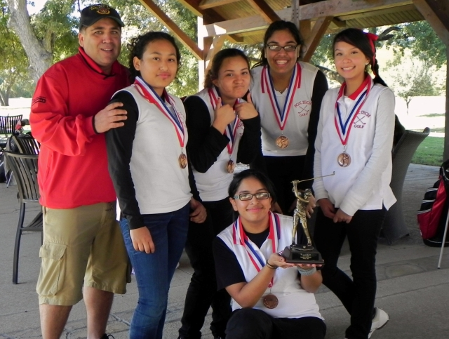 saisd fall girls golf 3rd place freshmen