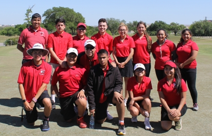 golf team with martinez 2016